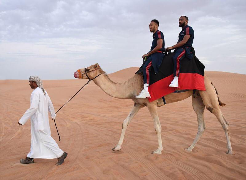 Arsenal players go on a desert safari in Dubai 3